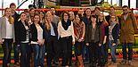 Foto (pro Wirtschaft GT GmbH, Heidi Grefer): Die Studierenden im Technoparc der CLAAS KGaA mbH, Harsewinkel.