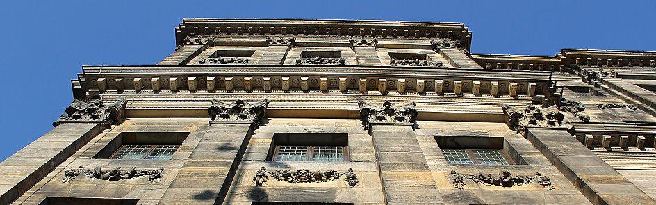Fassadendetail des königlichen Palasts in Amsterdam - Ströhmer, 2014