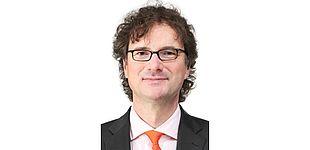 Foto (Universität Paderborn): Prof. Dr. Rüdiger Kabst.