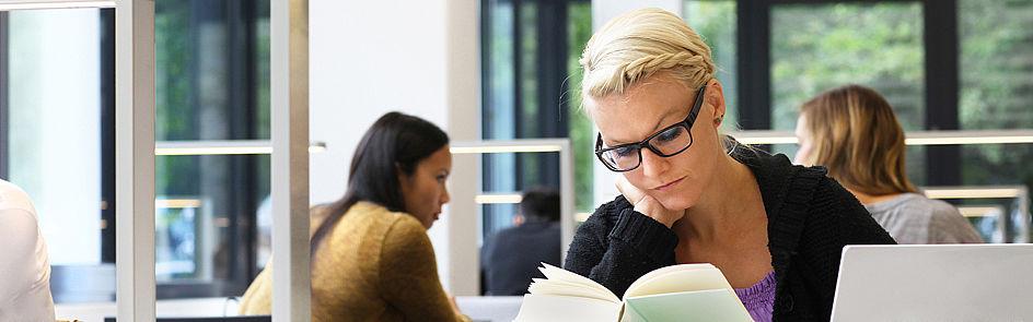 Sich Wissen anzueignen, ist die Basis des Studiums, der Lehre und der Forschung.