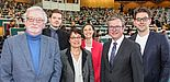 Foto (Universität Paderborn, Johannes Pauly): v. l. Prof. Dr. Dr. h. c. mult. Peter Freese, Julius Erdmann, Prof. Dr. Birgitt Riegraf, Dr. Yvonne Koch, Michael Dreier und Matthias de Jong.