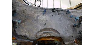 Foto (UPB, Fachgruppe Angewandte Mechanik): Bruchfläche einer hydraulischen Presse bei der Pkw-Herstellung