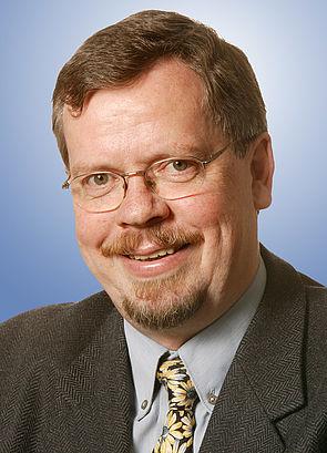Foto (Universität Paderborn): Prof. Dr. Friedhelm Meyer auf der Heide