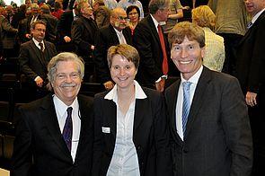 Foto (Universität Paderborn, Mark Heinemann): Dr. Alan Kay (v. l.), Prof. Dr. Heike Wehrheim und Prof. Dr. Nikolaus Risch.