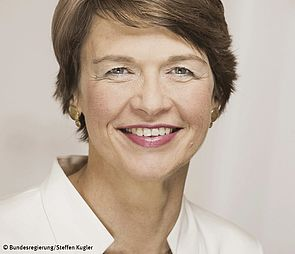 Foto (Bundesregierung, Steffen Kugler): Elke Büdenbender ist am 16. April zu Gast an der Universität Paderborn.