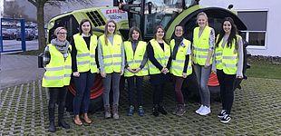 Foto (Universität Paderborn): Teilnehmerinnen des Mentoring-Programms aus dem vergangenen Jahr.