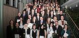 Foto (Heiko Appelbaum): Die Absolventinnen und Absolventen der Fakultät für Naturwissenschaften des akademischen Jahres 2006/2007