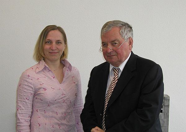 Foto: Erhielten Auszeichnung in den USA:  Prof. Dr.-Ing. Helmut Potente und Dipl.-Ing. Anne Thümen vom Institut für Kunststofftechnik KTP der Universität Paderborn