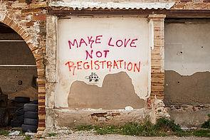 """Foto (Lena Christina Jansen): Teil der Ausstellung """"Bewegte Bilder zu Flucht und Migration"""" – ein Foto von Lena Christina Jansen, aufgenommen auf der griechischen Insel Chios."""
