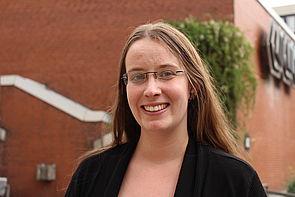 Foto (Universität Paderborn, Frauke Döll): Jannica Budde ist neue Innovationsmanagerin im Projekt InnoVersity der Universität Paderborn und Ansprechpartnerin für Projekte rund um Digitalisierung und E-Learning.