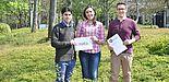 Foto (Universität Paderborn, Isabel Stroschein): Die Mitarbeiter der Fachgruppe Rechnernetze: (v. l.) Hadi Razzaghi Kouchaksaraei, Sevil Dräxler und Manuel Peuster.