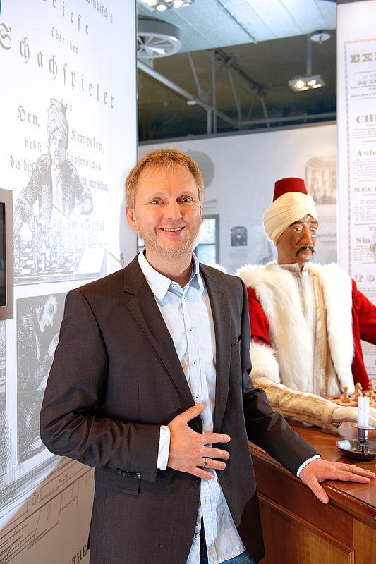 Foto (Universität Paderborn): Prof. Dr. Eyke Hüllermeier von der Universität Paderborn.