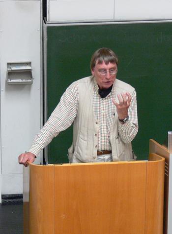 Foto (Universität Bielefeld): Prof. Dr. Alois Hahn