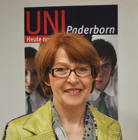 Foto (Universität Paderborn): Mark Heinemann: Der CDU-Kreisverband mit seiner Vorsitzenden Maria Westerhorstmann stattete der Universität Paderborn einen Besuch ab.