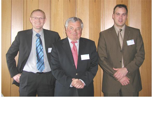 Foto (v. li.): Dirk Heinrich, Prof. Dr. Helmut Potente, Michael Kurte-Jardin